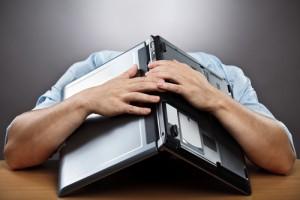XP irresponsable 3 bajo la laptop