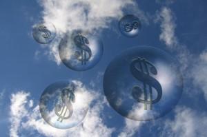 clouds-dinero-costos-presupuesto-primary.idge