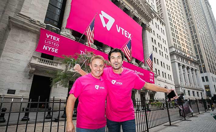 Mariano Gomide de Faria, co-CEO de VTEX; y Geraldo Thomaz, co-CEO de VTEX, el NYSE para su debut como empresa pública